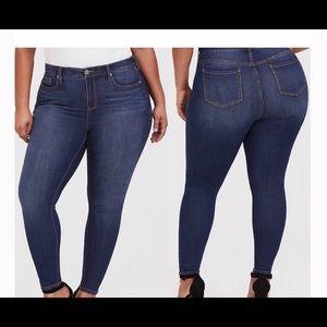 Torrid Skinny Jeans Size 16R